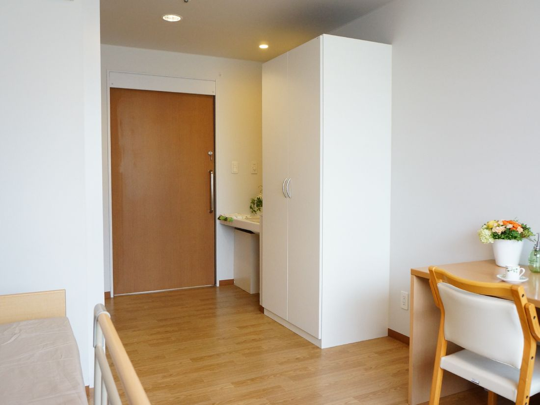 洗面台や収納の設備のある個室