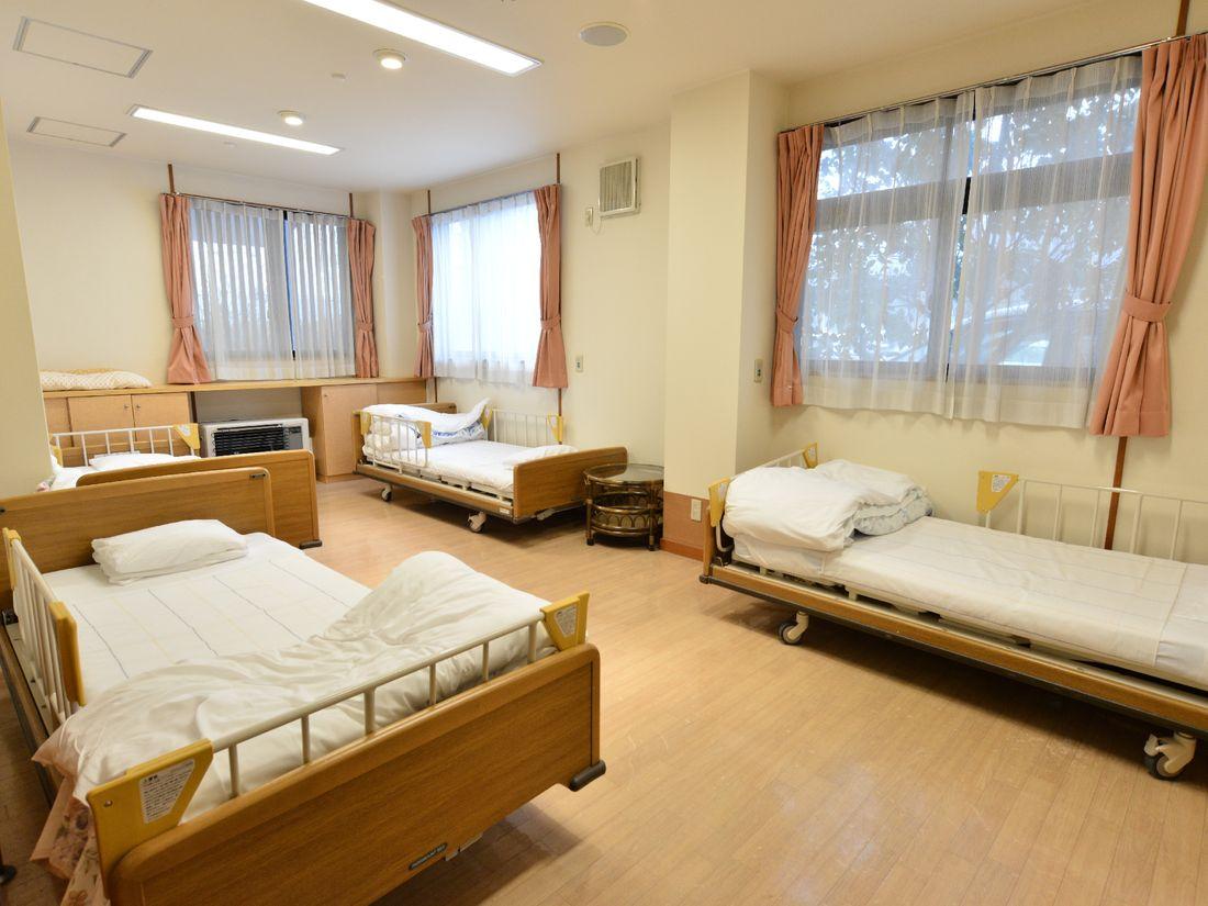 複数のベッドがある部屋